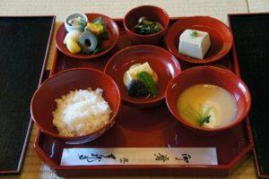 Shôjin ryori et Kaiseki : la cuisine bouddhiste de Kyoto